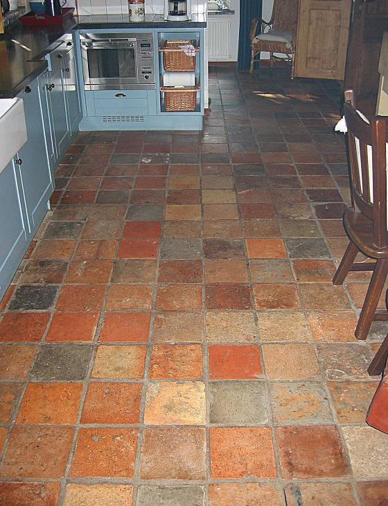 schoonmaken van terracotta tegels