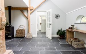 onderhoud nieuwe hardstenen vloer, impregneren van hardsteen